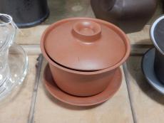 Keramik-Gaiwan, rot, ca. 140ml