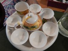 Tee-Service doppelwandig mit Teetisch